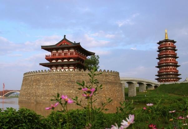 三谈着力提升第二届中原文化旅游产业博览会